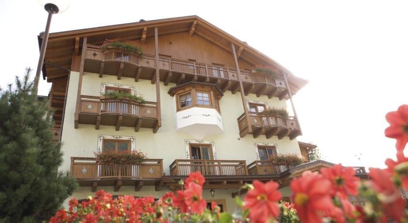 Hotel Almazzago Commezzadura