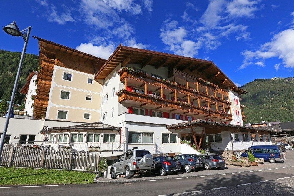 Hotel Astoria (Canazei) Canazei