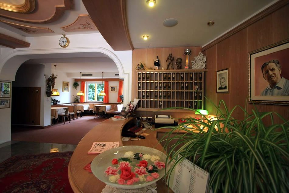 Hotel Crescenzia - Hall