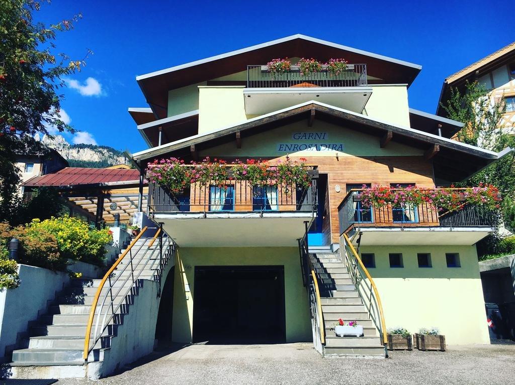 Hotel Garnì Enrosadira - La struttura
