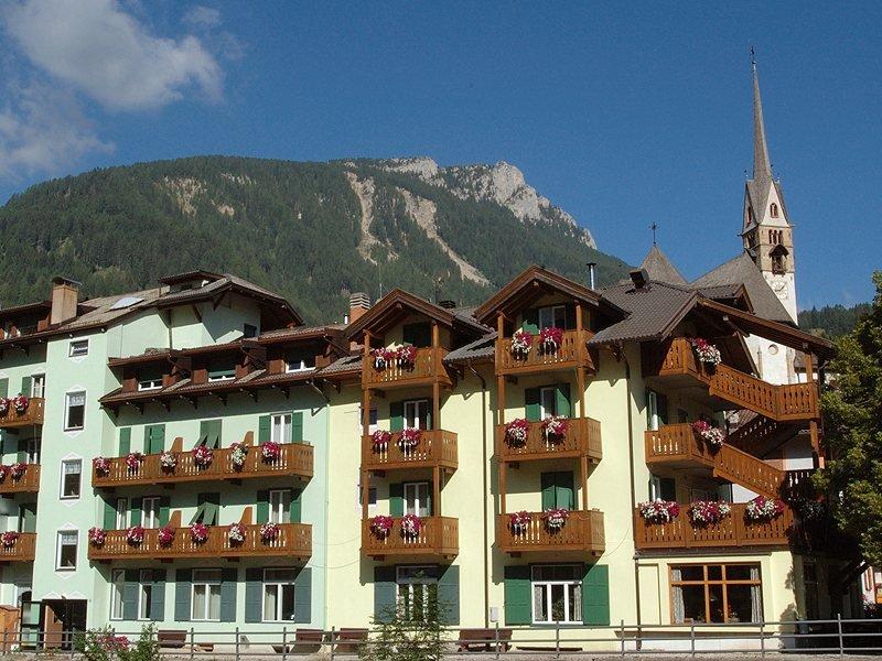 Hotel Laurino Moena