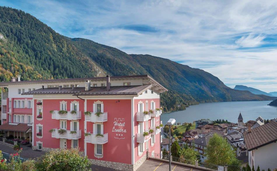 Hotel londra molveno offerte albergo londra molveno for Hotel per londra