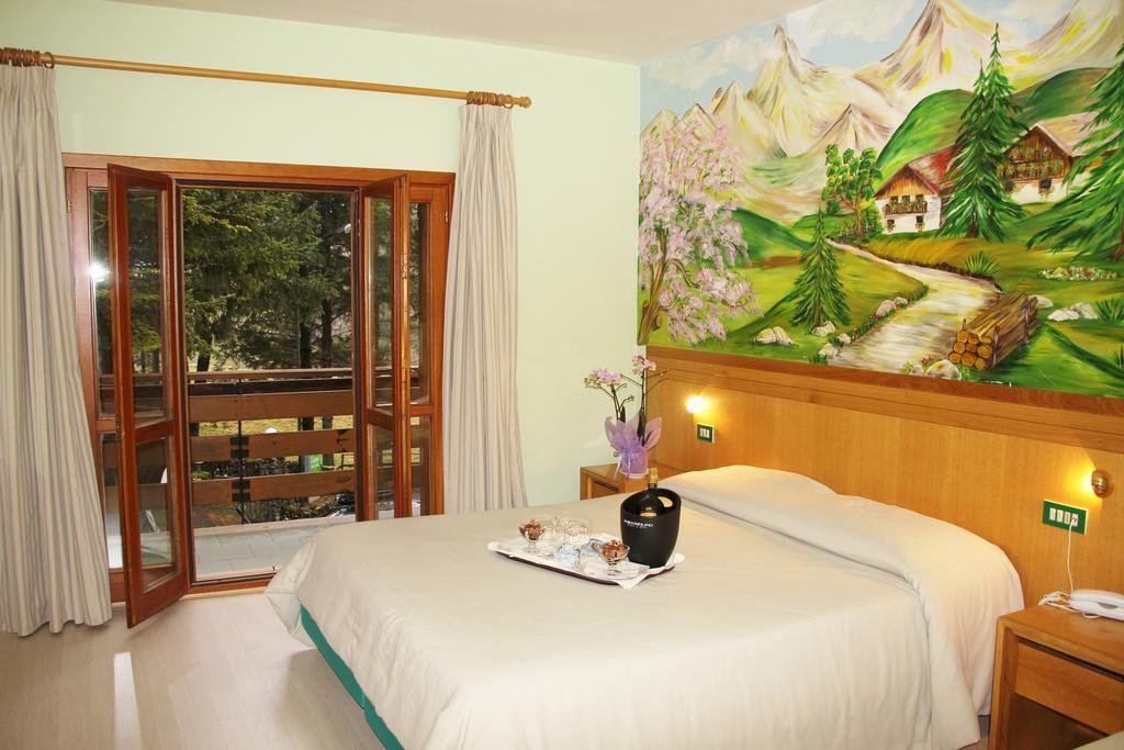 Camere Pescasseroli : Hotel orso bianco pescasseroli offerte albergo orso bianco