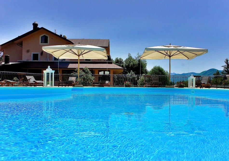 Hotel Il Bucaneve - Piscina esterna riscaldata