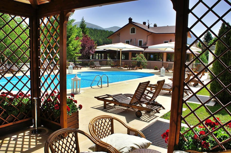 Hotel Il Bucaneve - Spazi esterni
