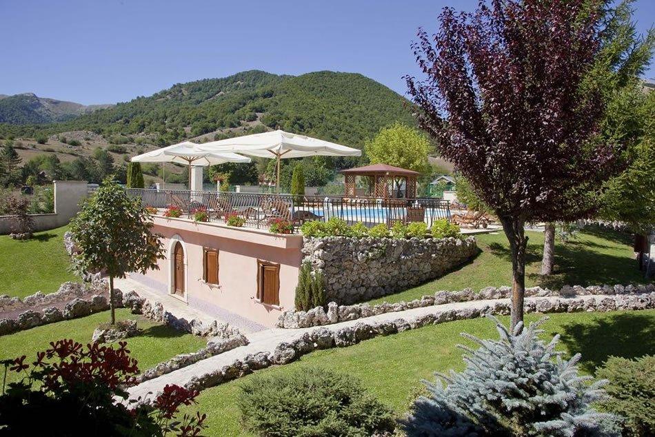 Hotel Il Bucaneve - Giardino