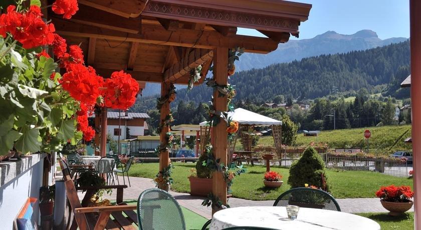 Hotel Sasso Rosso - Spazi esterni