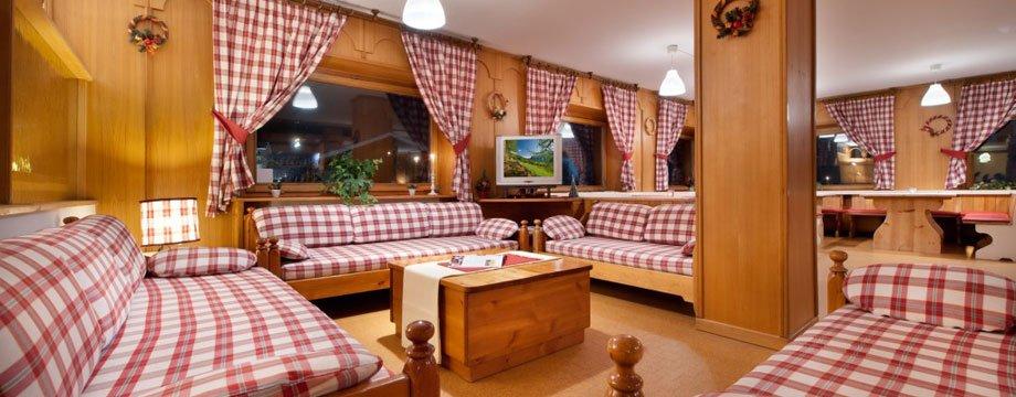 Hotel Teola - Saloni