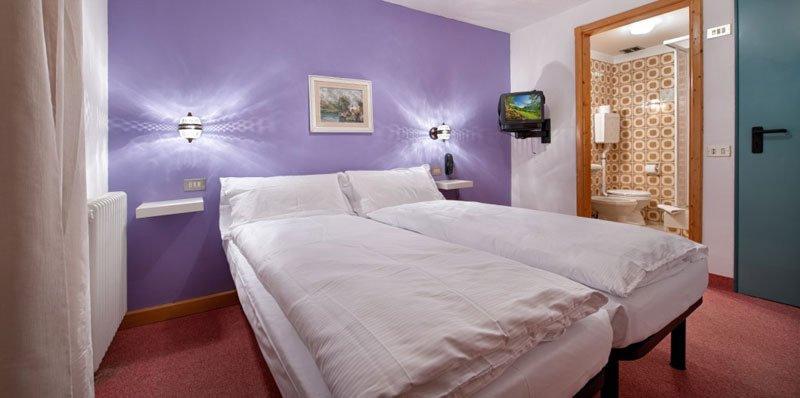 Hotel Teola - Una camera