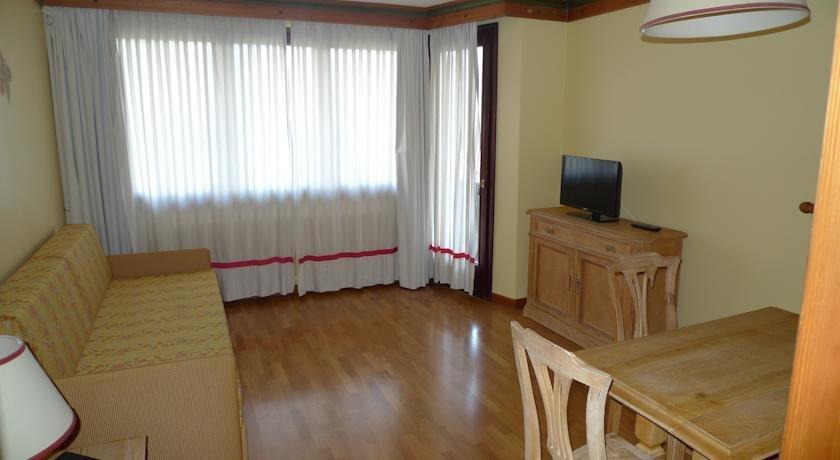 hotel e residence catturani madonna di campiglio, appartamenti