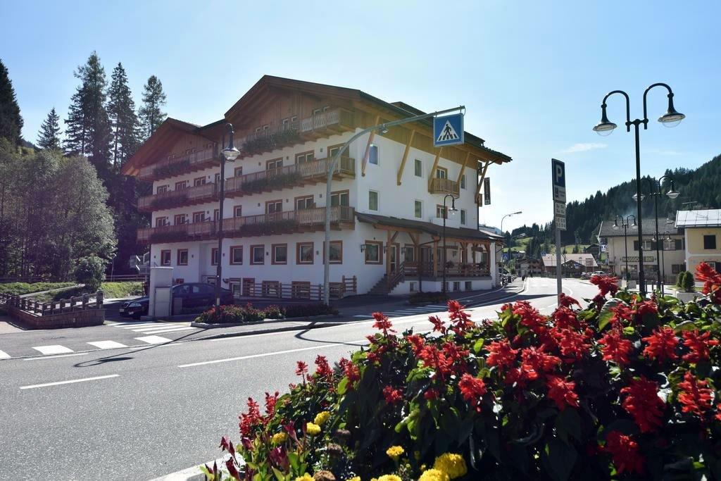 Park Hotel Avisio - Esterno struttura