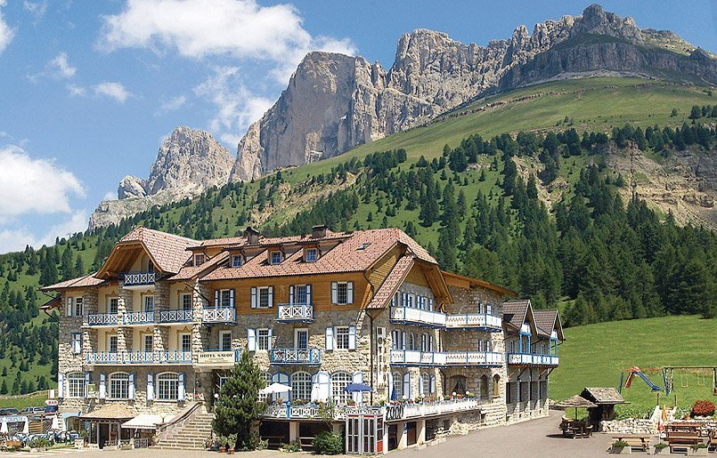 Wellness Hotel Savoy Vigo di Fassa